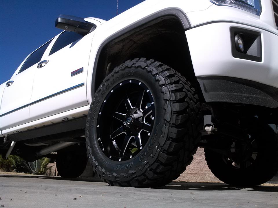2014 GMC 1500 6.5 ZONE LIFT FUEL WHEELS AND TOYO TIRS 2