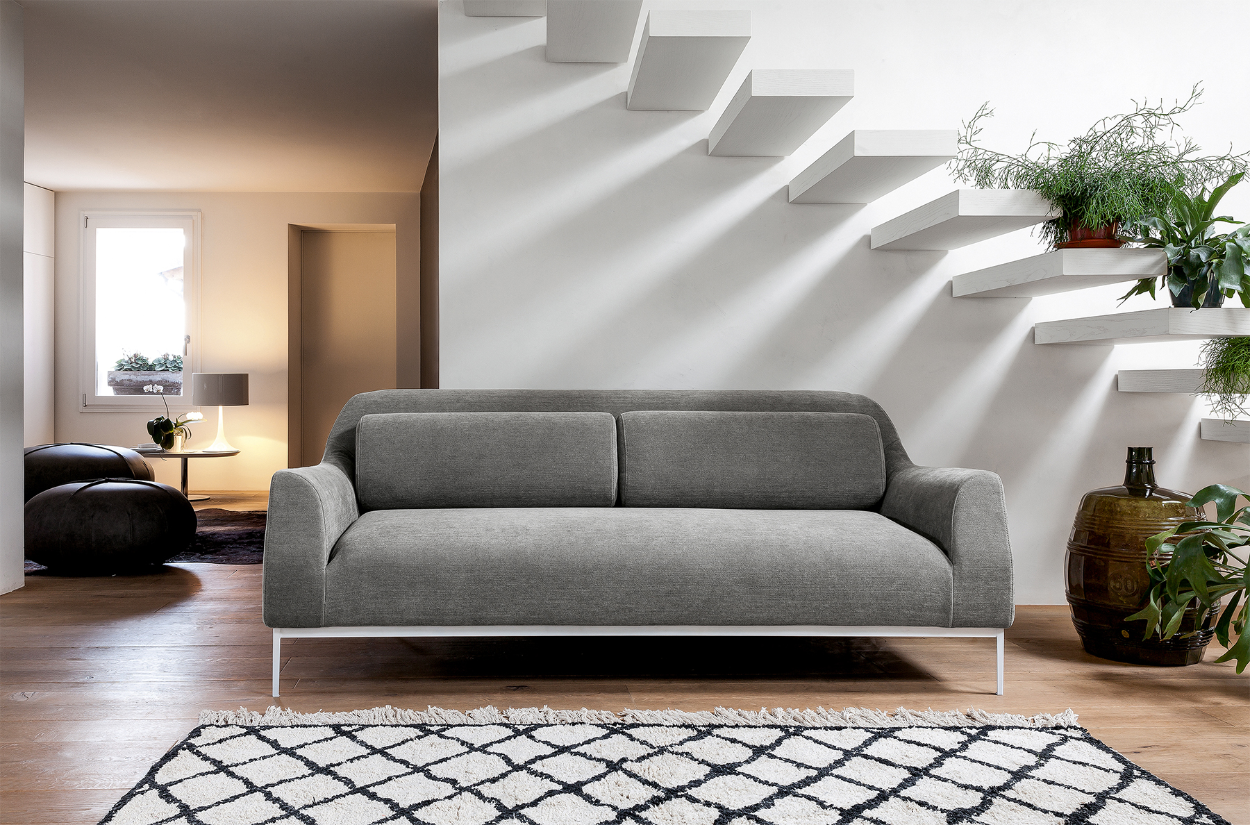 italian sofas and chairs motorized sofa modern chicago designer furniture