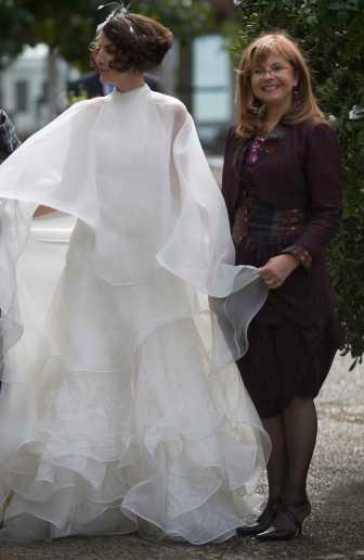 Création de robe de mariée et  de robe de cocktail sur mesure Lolita C. Bordeaux