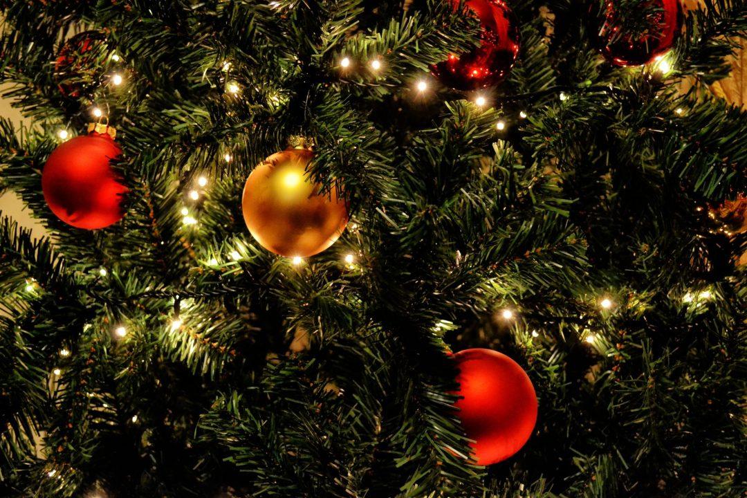celebration-christmas-christmas-balls-364668