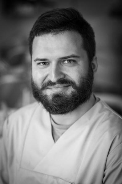 Adam Maj, lekarz stomatolog