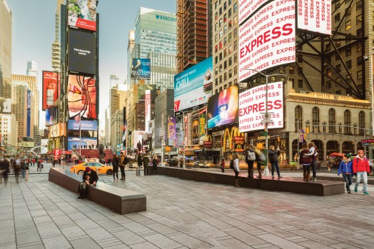 201001-ny-times-square-sn-hetta-n55-publication-herp