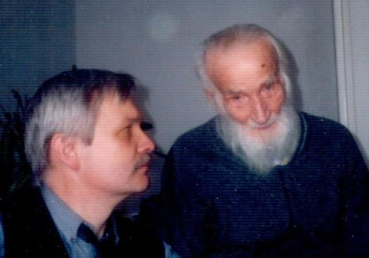 Ks. Zieja z autorem. Lipiec 1991