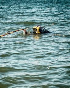 w14.08.22-LH-FEAT-Police-Divers-DFulgencio-0249