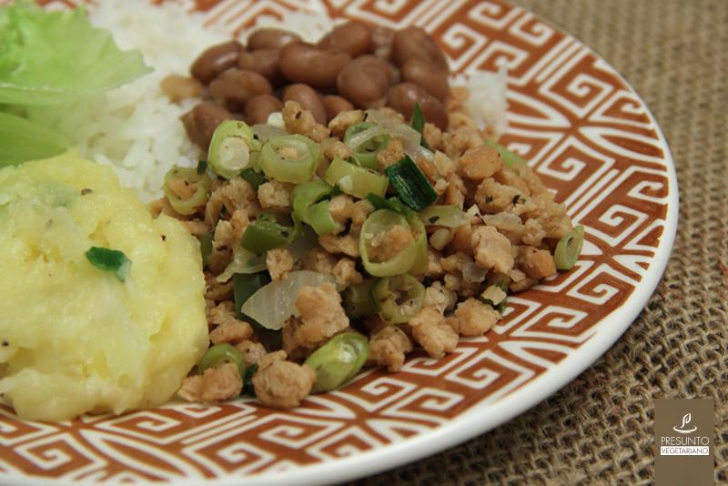 Vagem refogada com proteína de soja