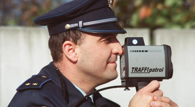 Mariborski policisti danes poostreno nadzirajo hitrost voznikov