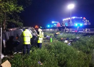 Povzročila prometno nesrečo in poskušala pobegniti policistom