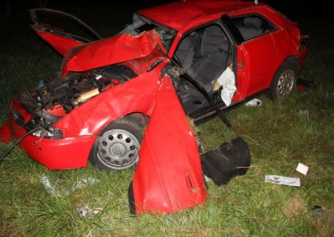Dve prometni nesreči s telesnimi poškodbami