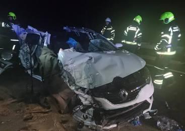 V sinočnji prometni nesreči v Kostrivnici umrli dve osebi