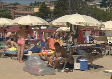 Primorski policisti že beležijo povečane tatvine na plažah