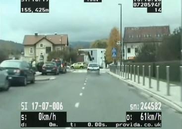 40 letni voznik bežal pred policisti, saj ni imel veljavnega vozniškega dovoljenja, vozil pa je neregistrirano vozilo