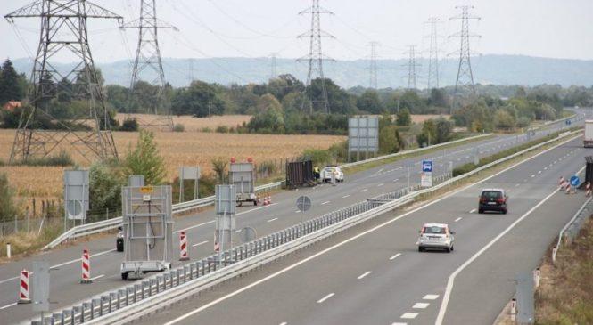 Trčenje treh vozil na štajerski avtocesti
