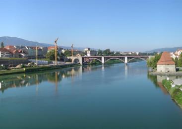 20-letnega Vida iz Vuzenice našli mrtvega v reki Dravi