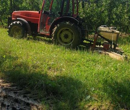 Ukraden traktor Goldoni