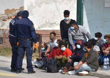 Na območju Ljutomera policisti prijeli 8 ilegalnih prebežnikov