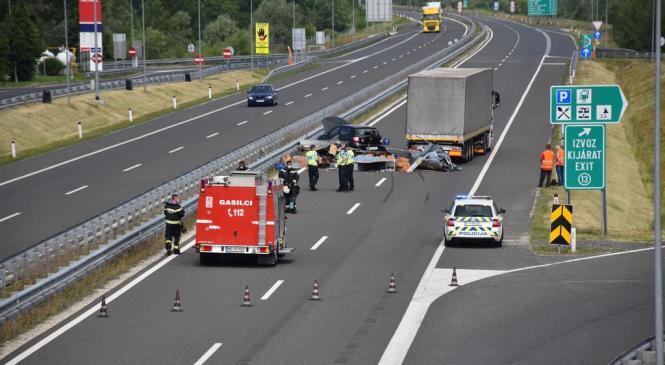 FOTO: Prometna nesreča na pomurski avtocesti v Pincah