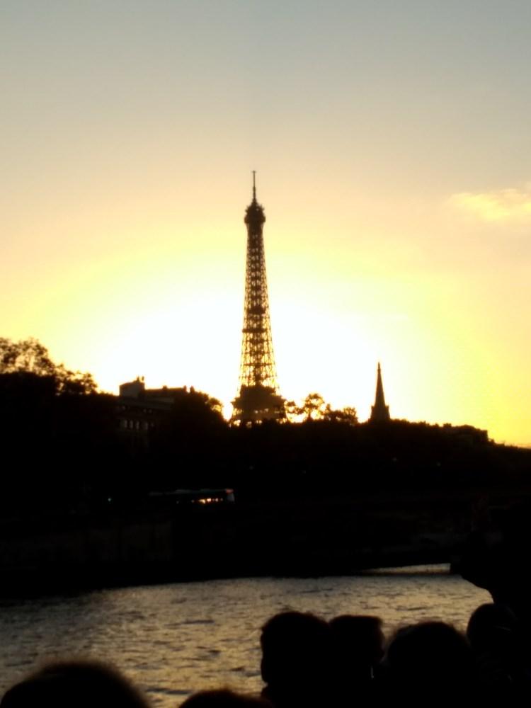 Eiffel silhouette Melissa Ladd