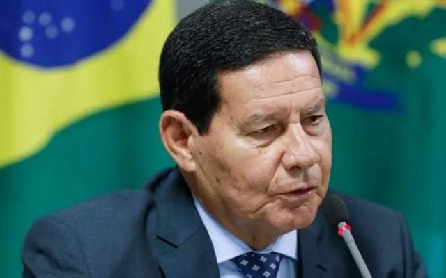 Mourão é aconselhado a renunciar, diz emissora