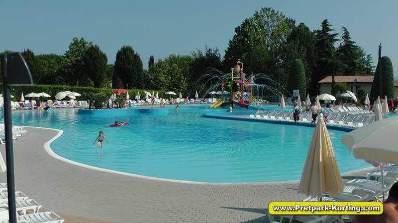Camping Bella Italia - Gardameer Italië - pretpark-korting.com