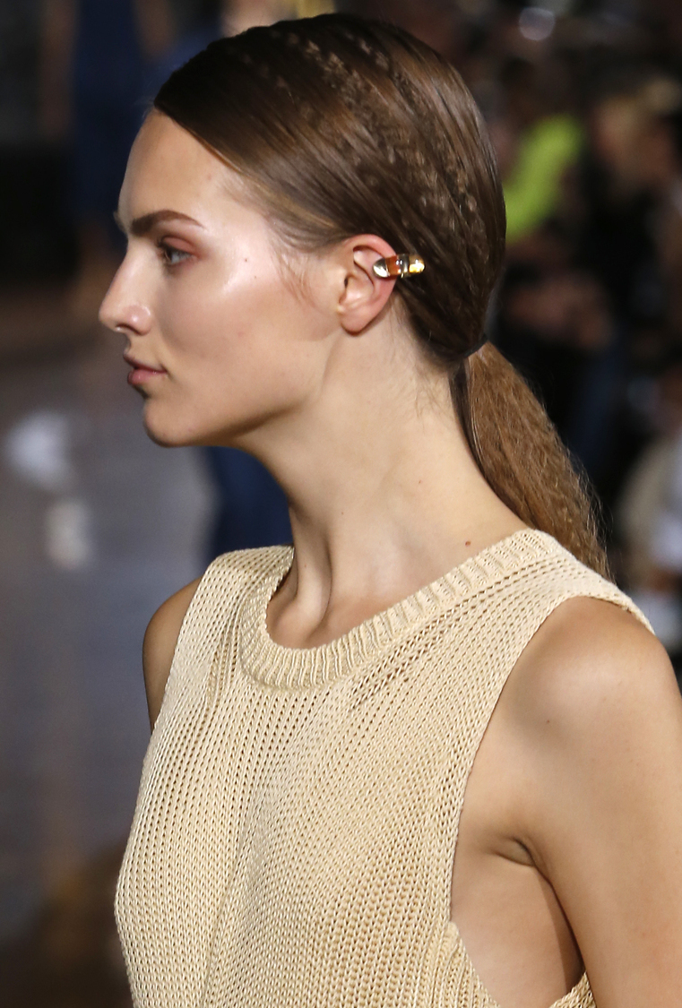 2015 Hairstyles Tips From Paris Fashion Week Hairstyles