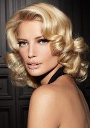 hair trends 2015 bombshell curly