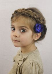 cute christmas party hairstyles