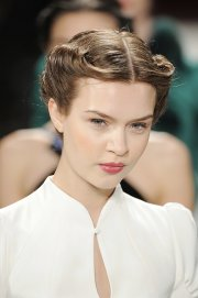runways top trends hairstyles