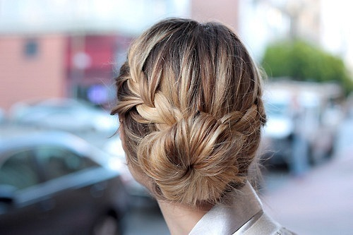 Bun Hairstyle Tumblr Bun Hair Trend 2017