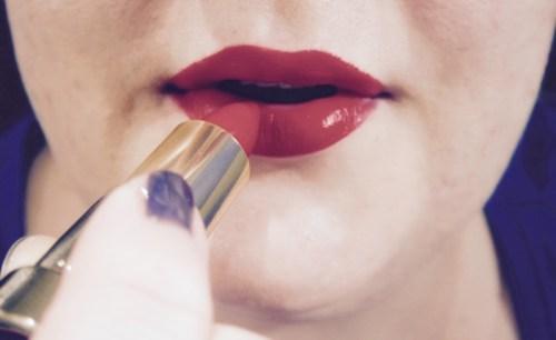 Make-up bijwerken op het werk