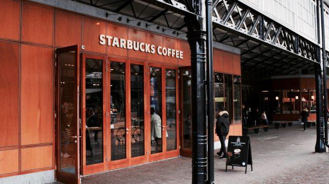 Dresscode bij Starbucks
