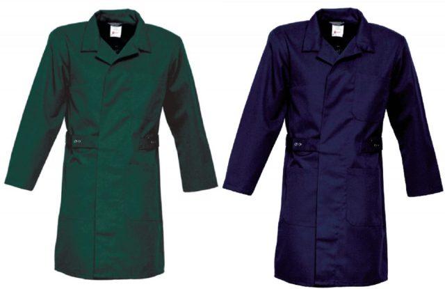 Zo kun je een stofjas als zakelijke jurk dragen