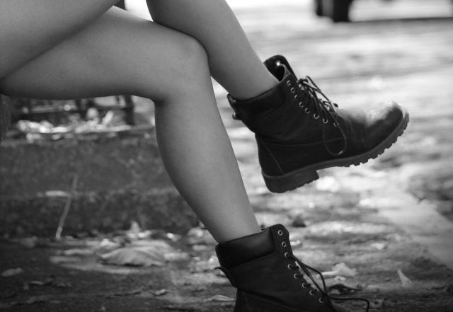 Grove (werk)schoenen op een representatieve manier dragen