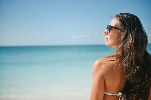 Marketingbureau gebruikt bikinifoto sollicitante als waarschuwing