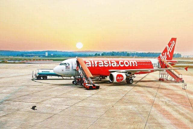 AirAsia stewardessen zijn te sexy gekleed