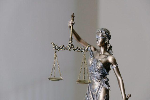 KPMG beschuldigd van mensplaining dresscode