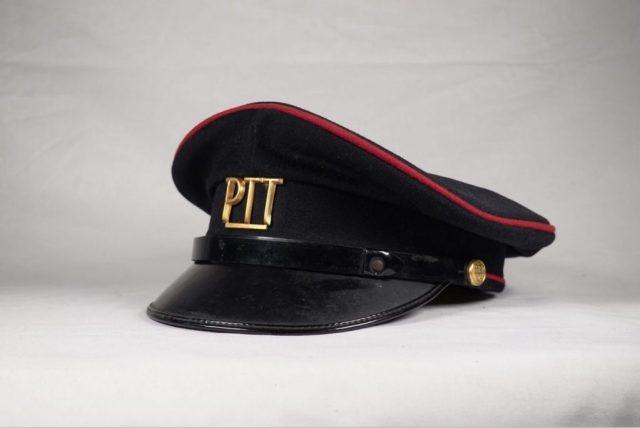 Alle PTT petten uit de geschiedenis: van 1878 tot 2002