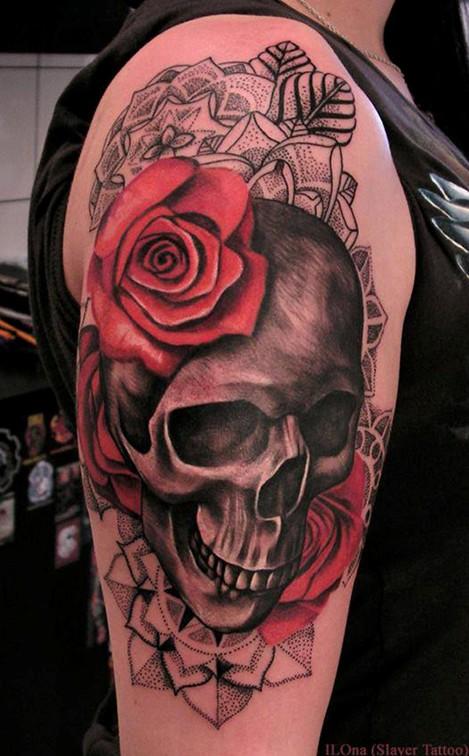Rose And Skull Tattoo : skull, tattoo, Skull, Tattoos, Designs, Pretty