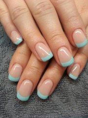 trendy & classy french manicure