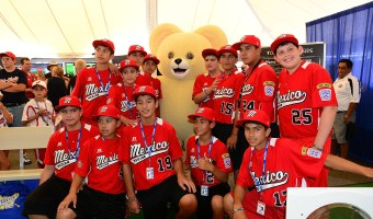 Little League World Series Fan Fun Zone + Giveaway