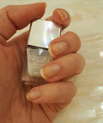 Nails Inc Nailkale Illuminator Bright Street review