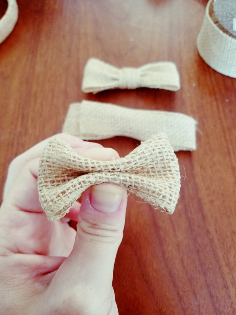 Easy DIY Disney Mickey/Minnie Mouse Ears