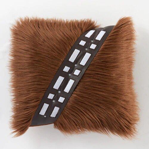 star-wars-gift-chewbacca-throw-pillow