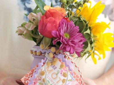DIY Easy Mother's Day Vases + Free Printable!