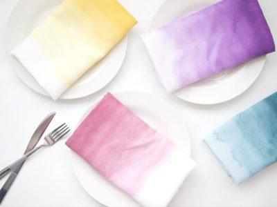 DIY Ombre Dyed Napkins + Bonus Tassel Napkin Rings Tutorial