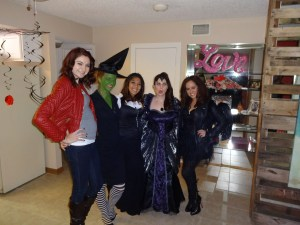 Emma Swan, the Wicked Witch, another witch, the Evil Queen, and I honestly have no idea who Jane was lol