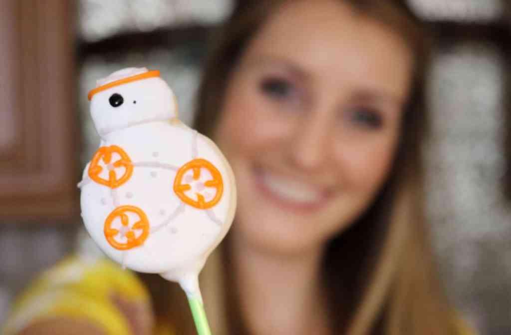 BB-8 Oreo Pops