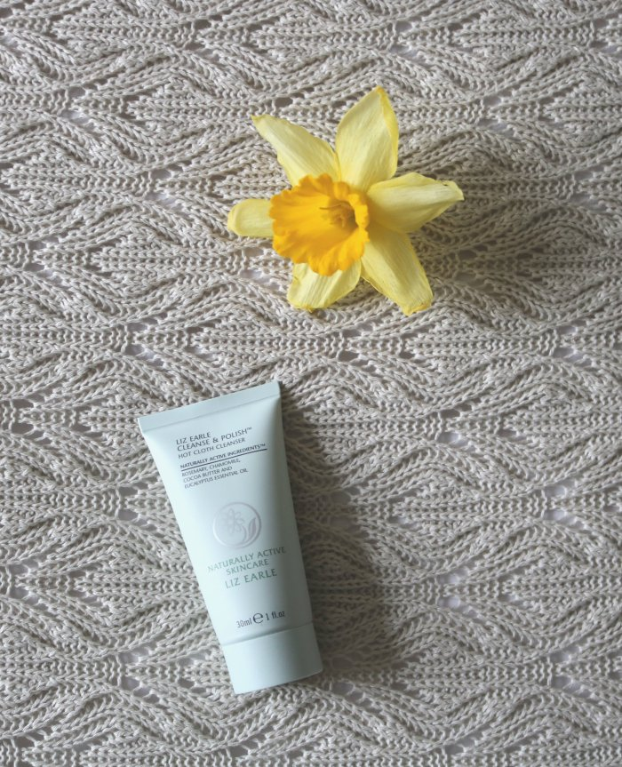 hot cleanser liz earle