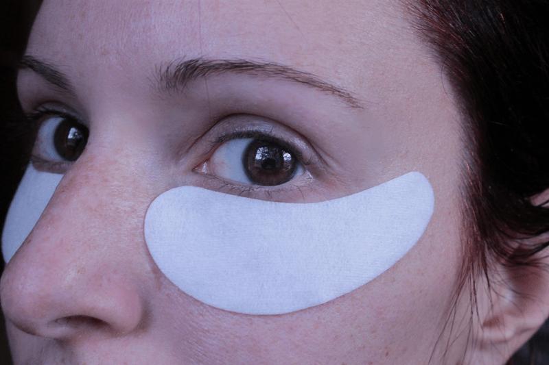 VII O2M Oxygen Eye Mask Being Worn