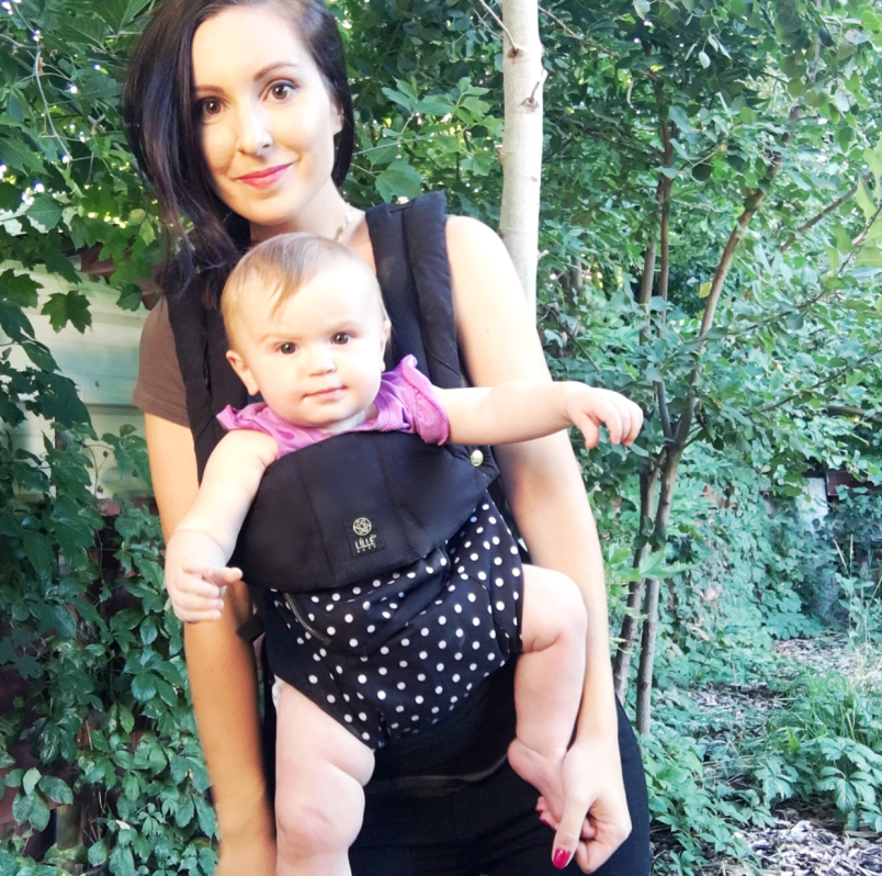 LÍLLÉbaby All Seasons Carrier