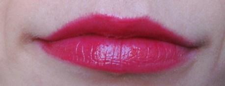 miss-pupa-lipstick-divine-raspberry-01